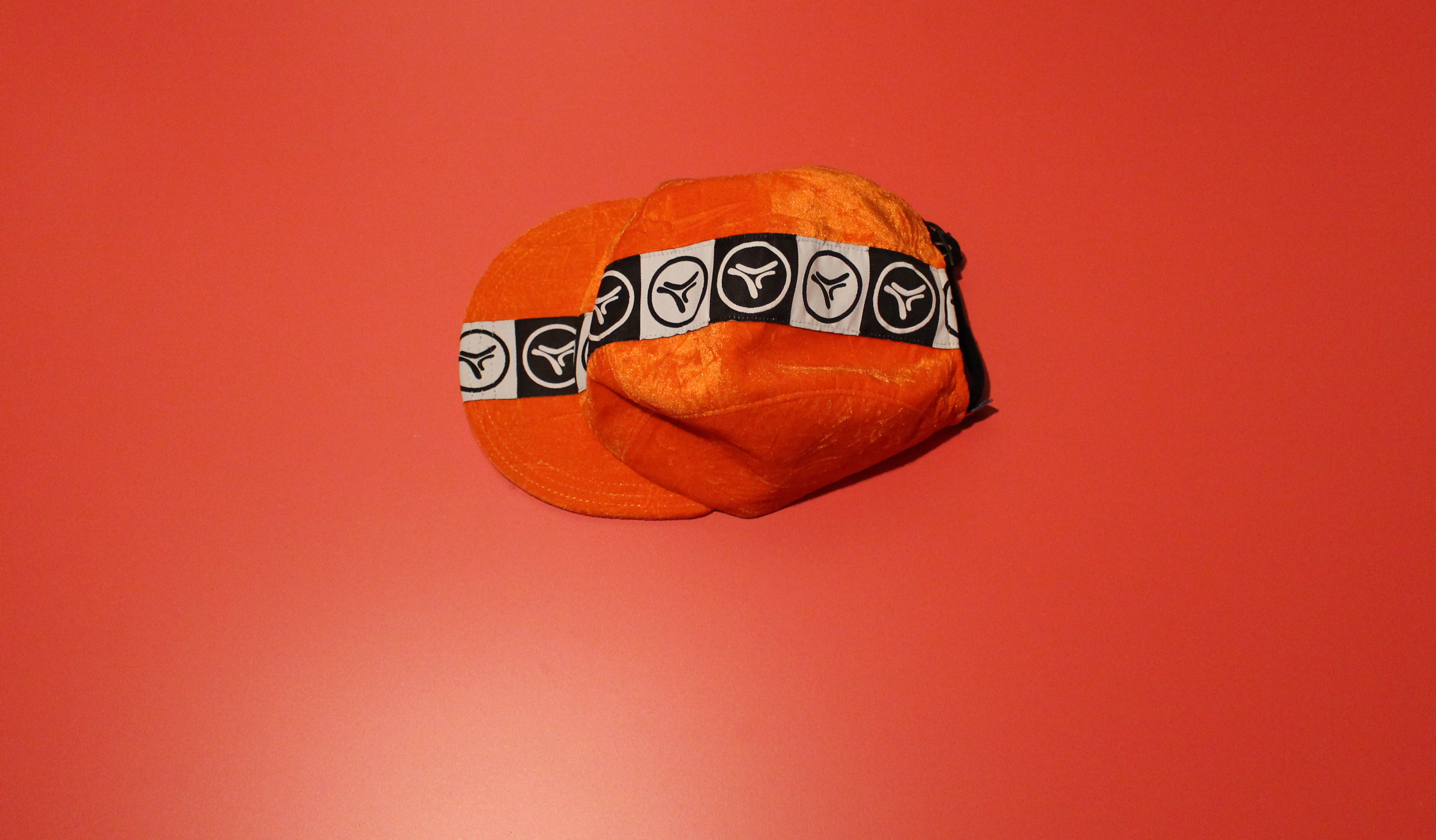 Casquette velours orange